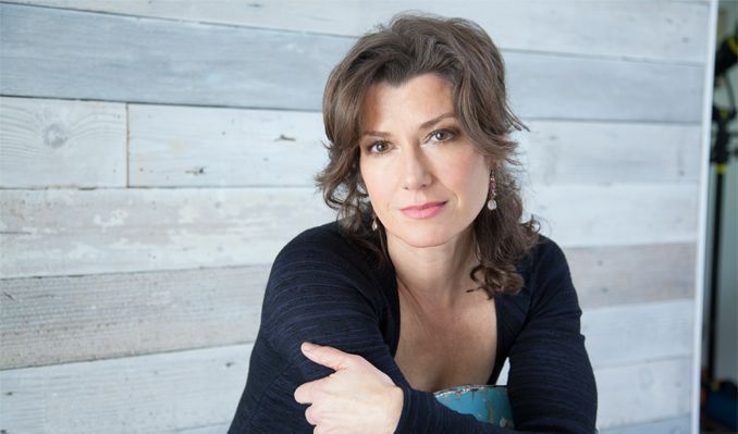 Amy Grant tickets at Historic Bakersfield Fox Theater, Bakersfield