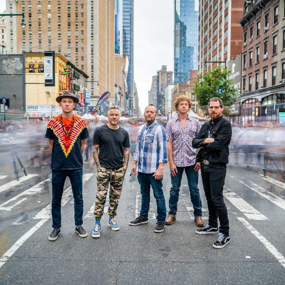 """<a href=""""https://www.axs.com/artists/111442/the-infamous-stringdusters-tickets"""">WNRN Presents</a>"""