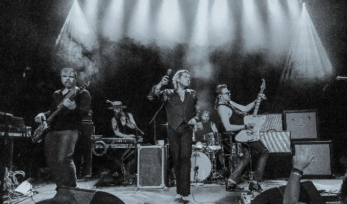 More Info for RIVAL SONS MOVED TO VIC THEATRE